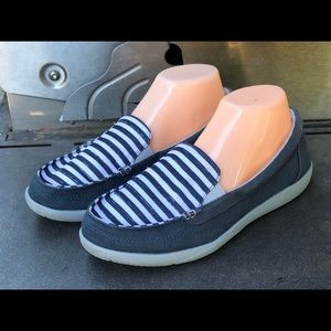Crocs Walu Canvas Loafers Boat Shoes Slip On Shoes